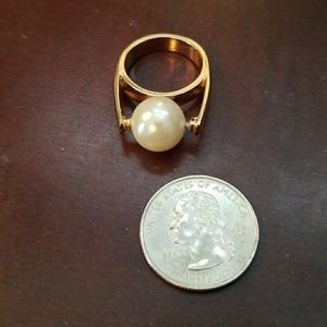 Jewelry - Large costume pearl and gold tone ring